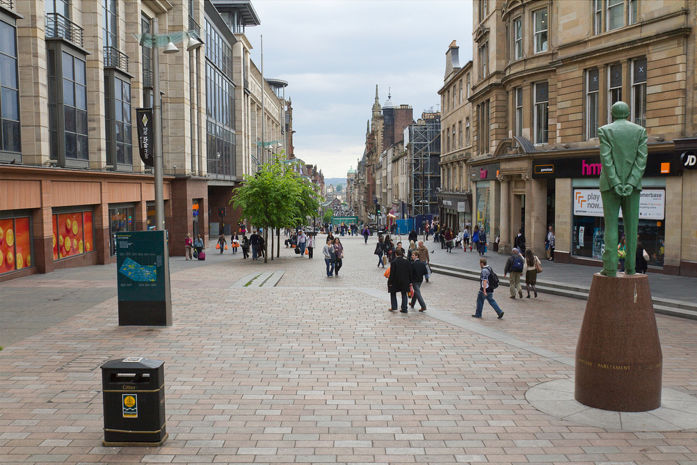 Buchanan Street (photo flickr/spodzone)