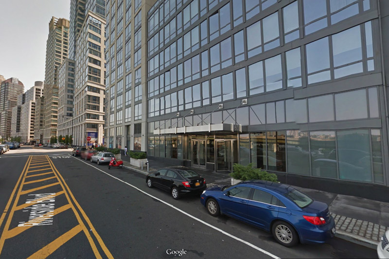 Le 60 boulevard Riverside, futur voisin du nouvel immeuble d'Extell. (capture Google Street View)