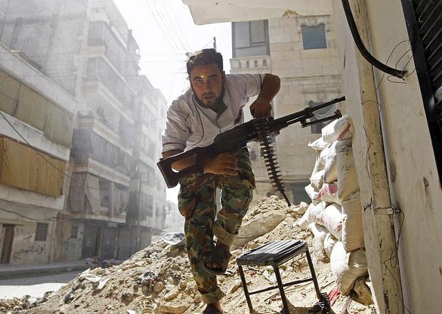 Un combattant de l'armée syrienne libre à Alep en 2012.  (Photo flicker/a.anis)