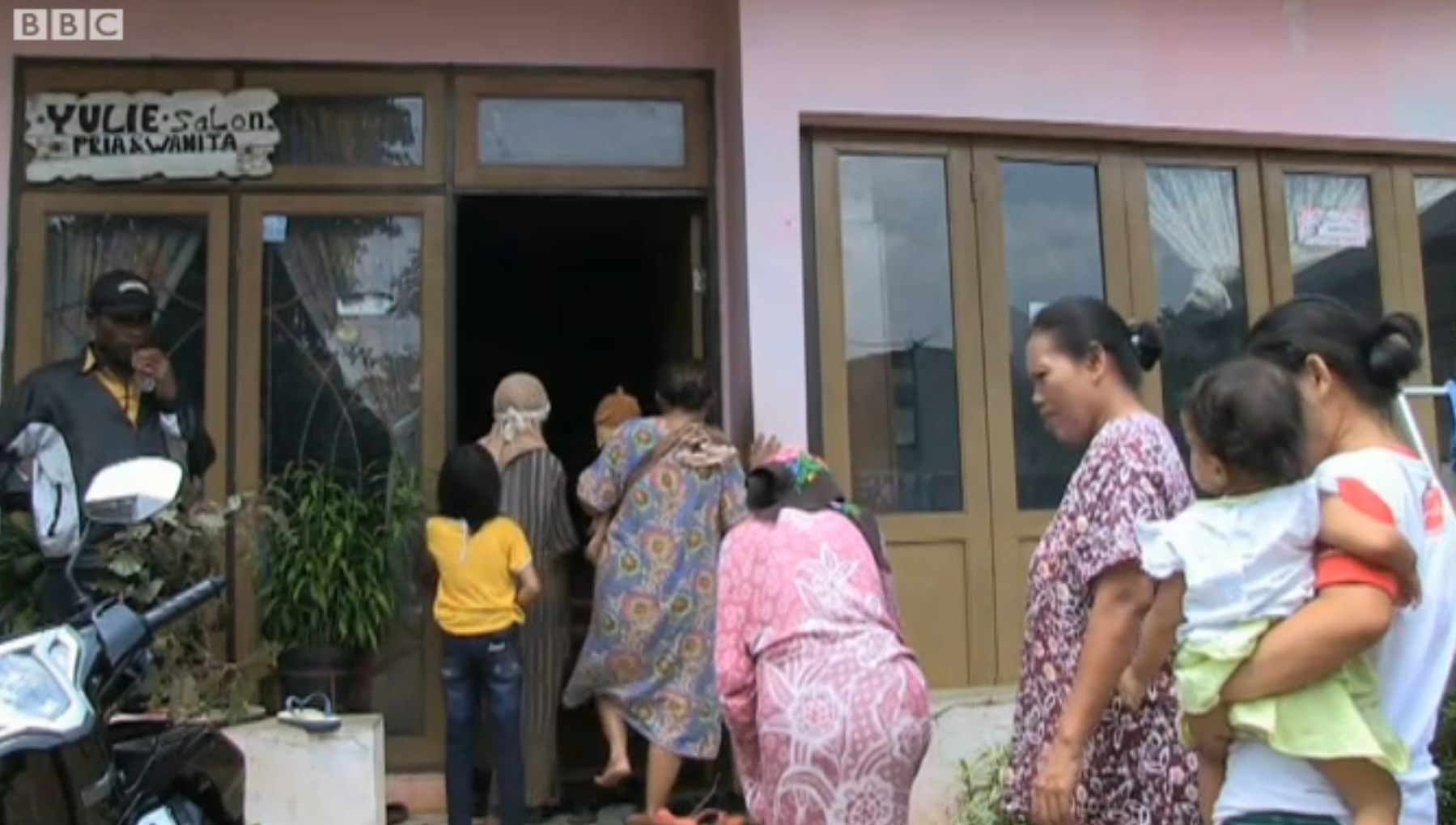 La maison de retraite créée par Yulianus Rettoblaut. (photo capture BBC)