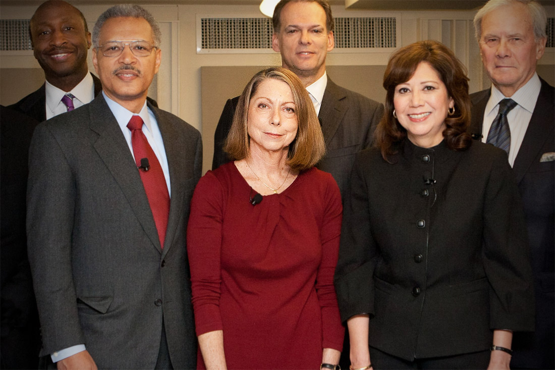 Jill Abramson, au milieu, en rouge. (photo CC US Department of Labor)