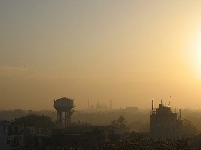 New Delhi et sa pollution matinale. (photo flickr/ben dalton)
