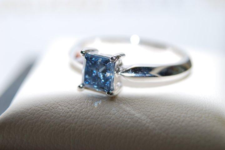 La société Algordanza fabrique des diamants à partir de cendres humaines. (photo Algordanza )