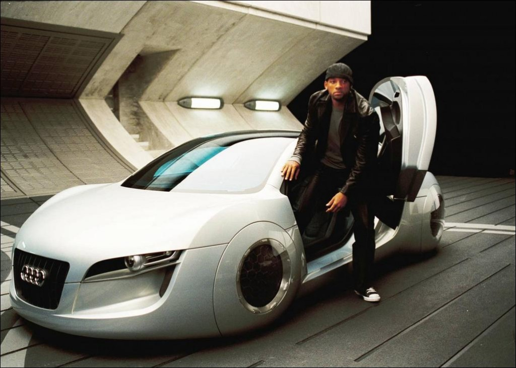 "Will Smith reste perplexe concernant la notion de ""voiture ange gardien"". (photo 20th Century Fox)"