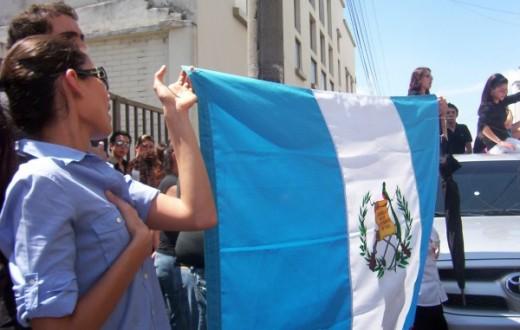 Déjà en 2002, les Guatémaltèques défilaient pour demander la démission de leur président (Photo Flickr / Todo or mi guate por un mejor país !)
