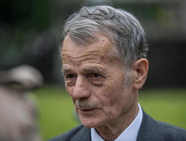 Mustafa Dzhemilev, l'ancien président du Majlis du peuple tatar de Crimée. Il s'est vu interdire l'accès à la péninsule jusqu'en 2019. (Photo Flickr/ Ministry of Foreign Affairs of the Republic of Poland)
