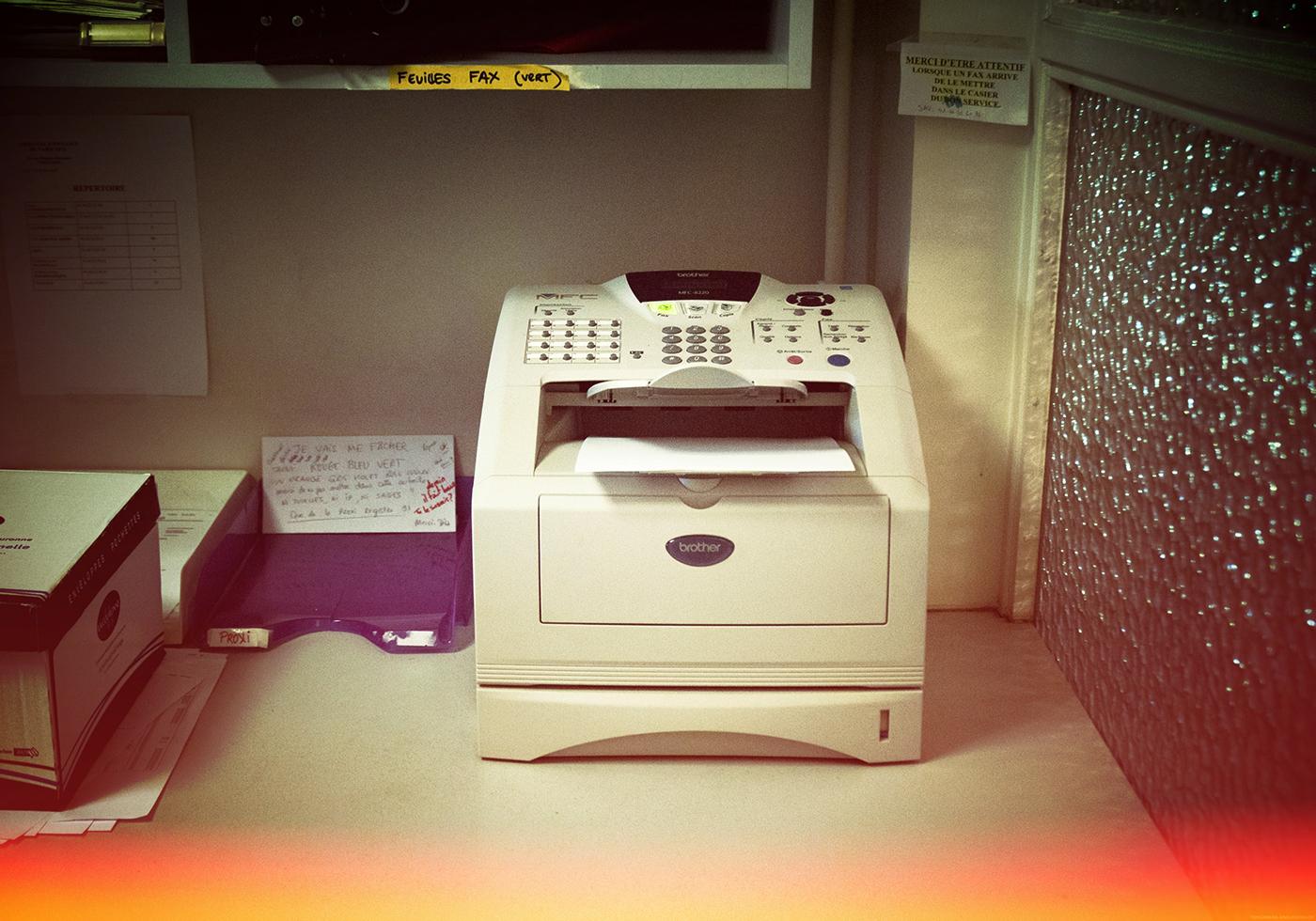 «De nombreux exemples de jurisprudence donnent de la valeur au fax», explique Maître Sylvain Champloix. (Télécopieur du Tribunal d'Instance de Paris XIVe. Photo Marie Hamel/8e étage)