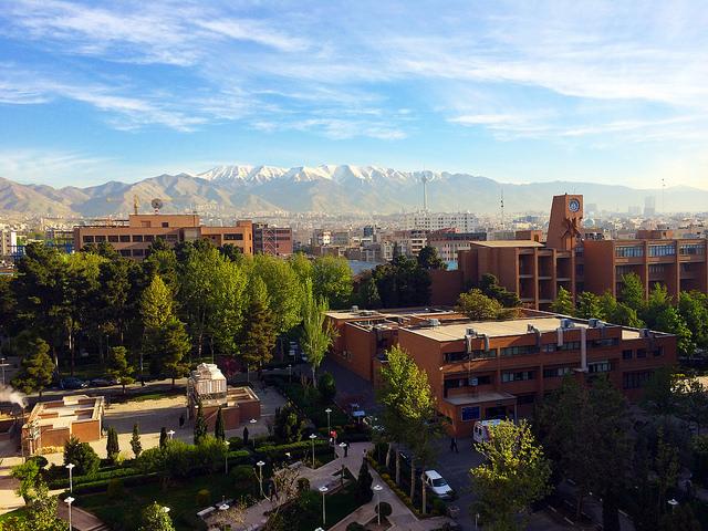 Un festival de musique qui devait se tenir sur le campus de l'Université de technologie de Sharif, à Téhéran, a été annulé par les ultraconservateurs en février. (Photo Flickr/Masoud K)