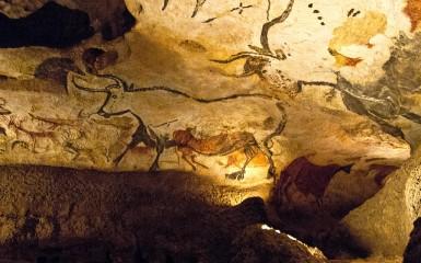 L'aurochs a inspiré les peintures rupestres préhistoriques, comme ici à Lascaux.(photo flickr/adibu456)