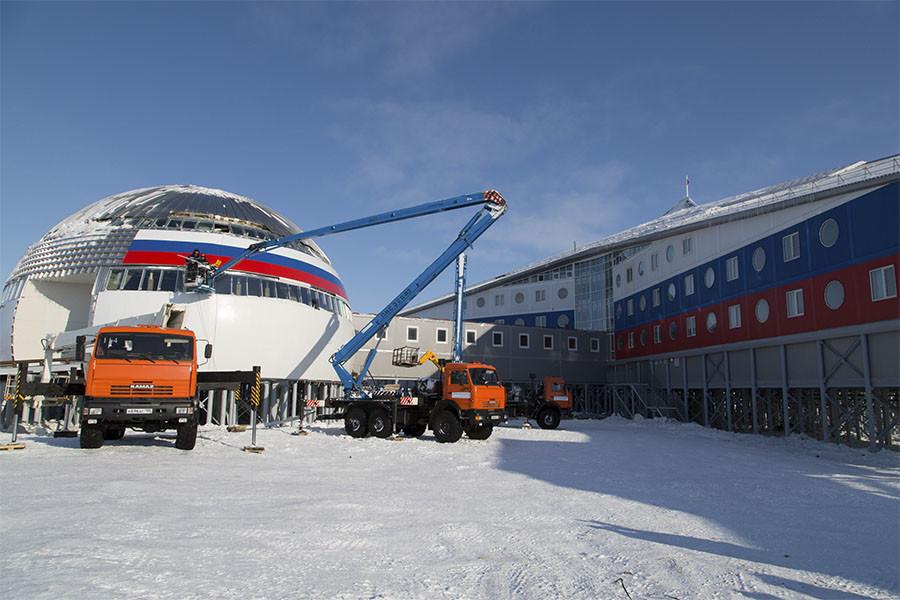 """Le """"Trèfle arctique"""" est la seconde base militaire conventionnelle construite par la Russie en Arctique ces dernières années. (photo ministère de la Défense russe)"""