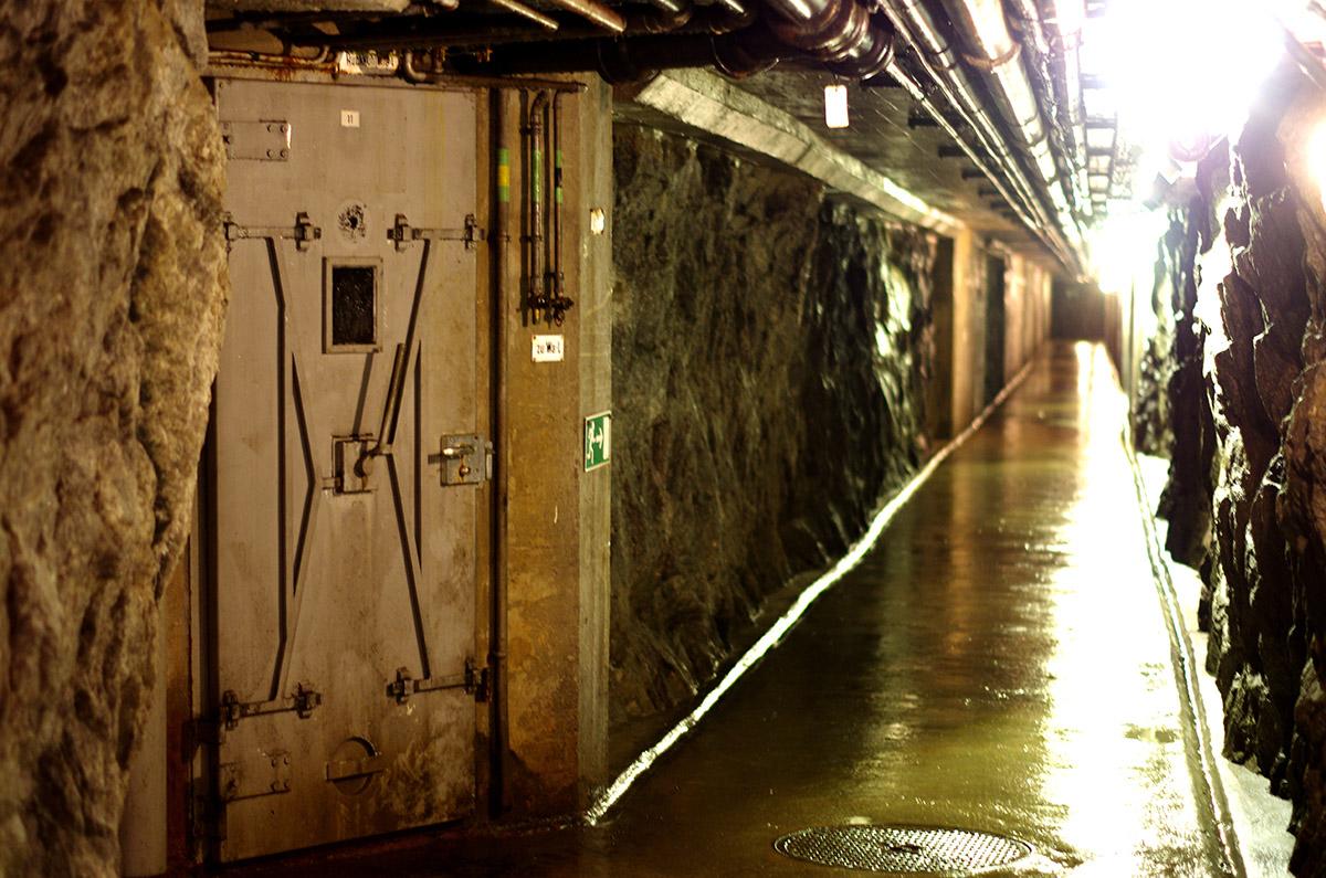 La municipalité de Naters, par exemple, dépense 20 000 francs suisses (18 000 euros) chaque année pour l'électricité seulement, affirme Erich Bumann. (photo Déborah Bertier/8e étage)