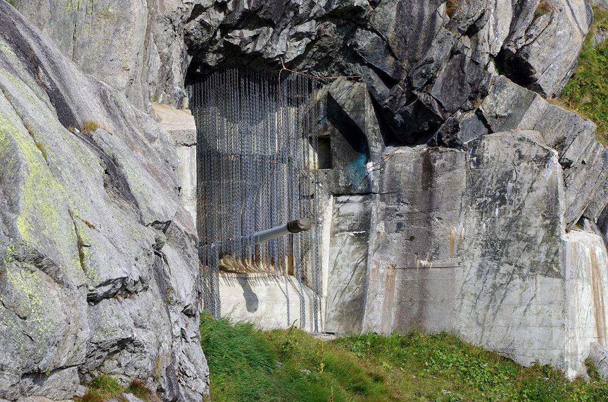 Les canons du Fort de Naters pouvaient tirer jusqu'à la frontière italienne, à 22 km. (photo Déborah Bertier/8e étage)