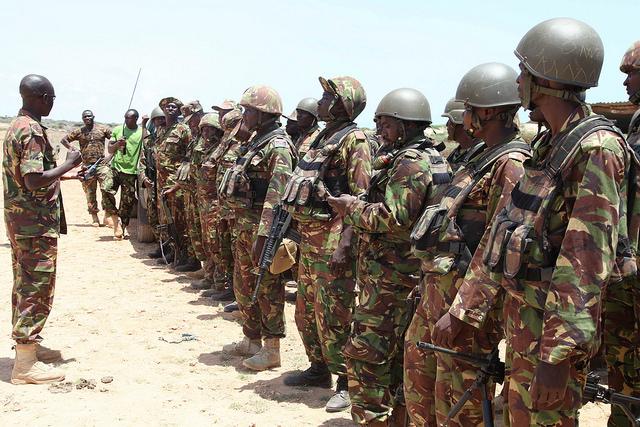 Des soldats kényans membres de la Mission de l'Union africaine en Somalie (AMISOM) en 2014. (Photo Flickr/ AMISOM Public Information)