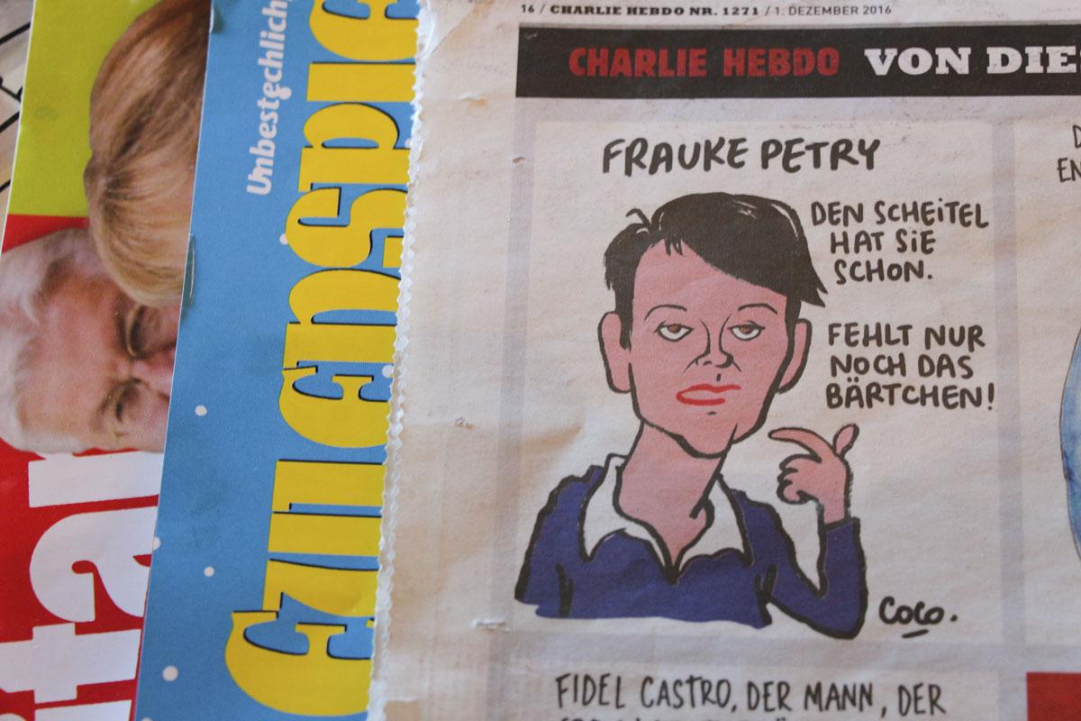 Dessin de Coco, dans le n°1 de Charlie Hebdo: Frauke Petry (la Marine Le Pen allemande, ndlr) a déjà la raie, «il ne manque que la moustache.» Inspiré d'un dessin que Tignous avait réalisé sur François Fillon.