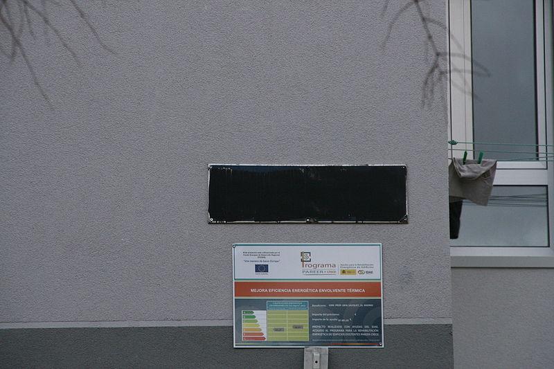La rue «du Général Saliquet» vandalisée début 2016.  (Photo Wikipédia/Dicasto)