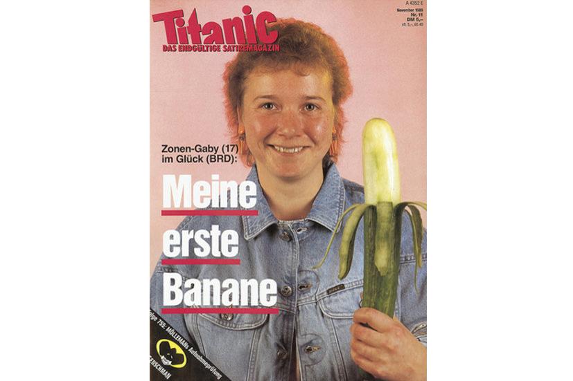 La une de la chute du mur de Berlin avec Zonen-Gaby, une Allemande de l'est de retour du supermarché: «Ma première banane».