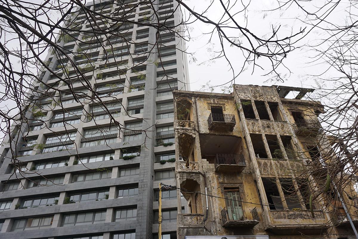 À Beyrouth, on trouve des traces de la guerre à chaque coin de rue. (photo Jehanne Bergé)