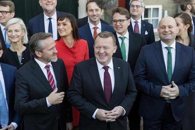 Anders Samuelsen, le ministre des Affaires étrangères danois (à gauche), aux côtés du Premier ministre Lars Løkke Rasmussen (au centre). (Photo Flickr/Venstre)