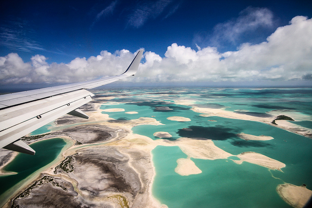 Les Kiribati vues d'un avion en 2013. (Photo Flickr/ warrenjackson)