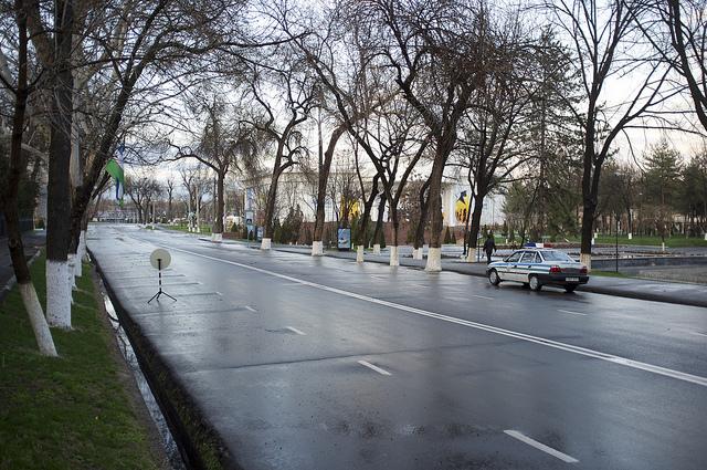 Une voiture de police à Tachkent. (Photo Flickr/Aleksandr Zykov)