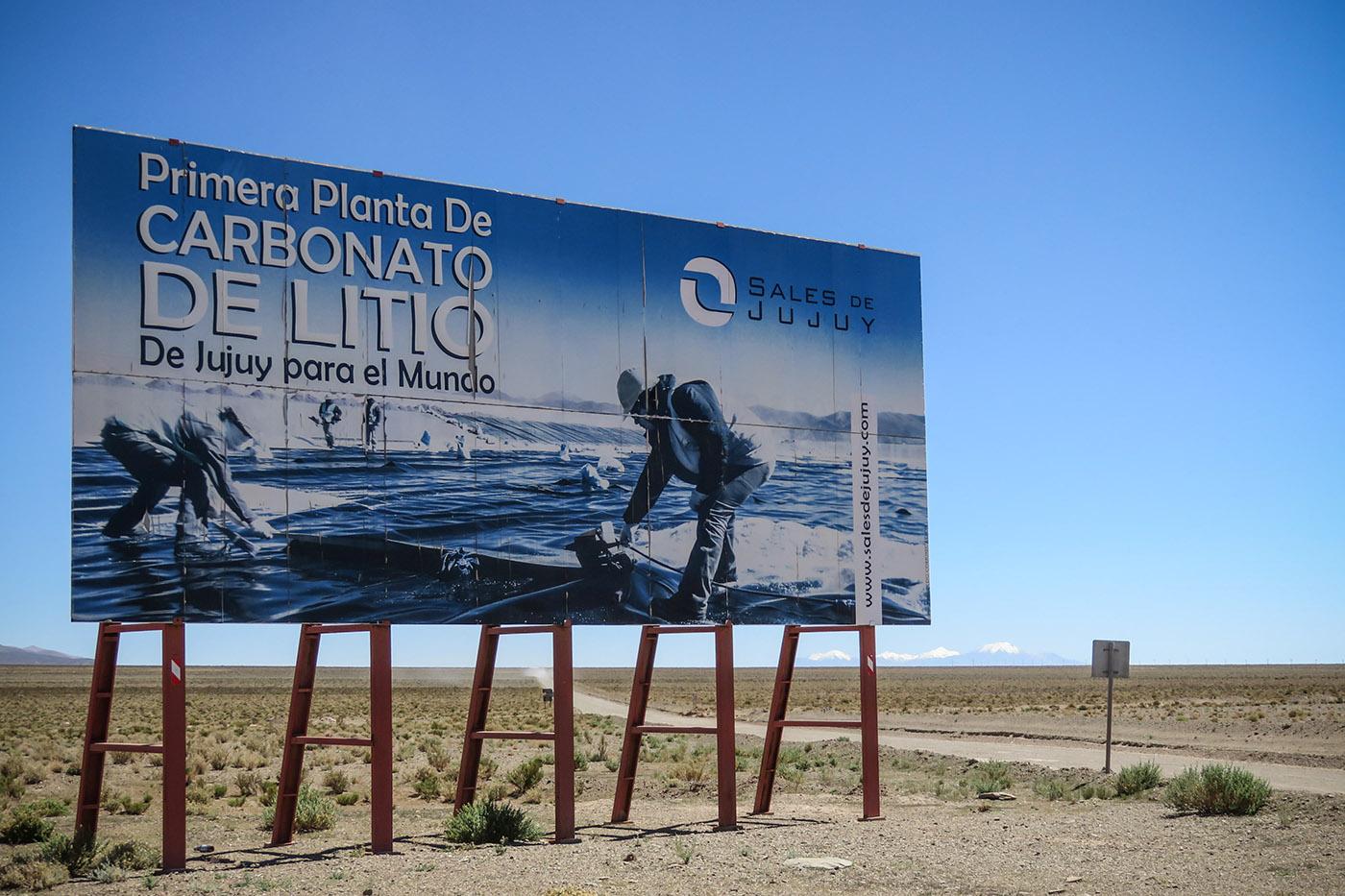 La première mine de lithium de la province de Jujuy se trouve à 4000 mètres d'altitude, dans le salar d'Olaroz.  Sales de Jujuy est un consortium réunissant l'australienne Orocobre (66,5%), Toyota (25%) et l'entreprise propriété du gouvernement provincial Jemse (8,5%). (photo Augustin Campos/8e étage)